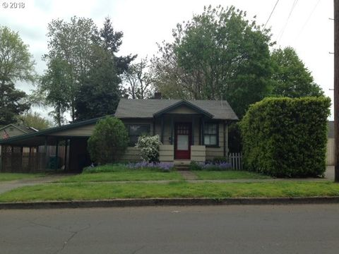2904 F St, Vancouver, WA 98663. House for Sale