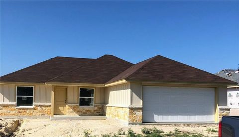 Photo of 117 Ellis Ct, Burnet, TX 78611