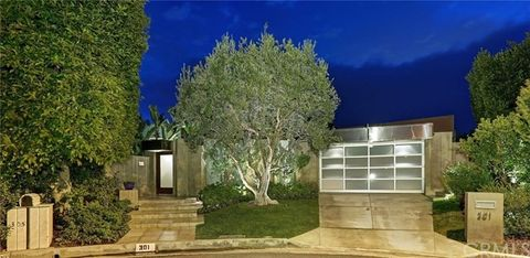 301 Trousdale Pl, Beverly Hills, CA 90210
