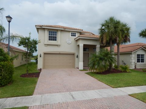 Photo of 4213 Troon Pl, Fort Pierce, FL 34947