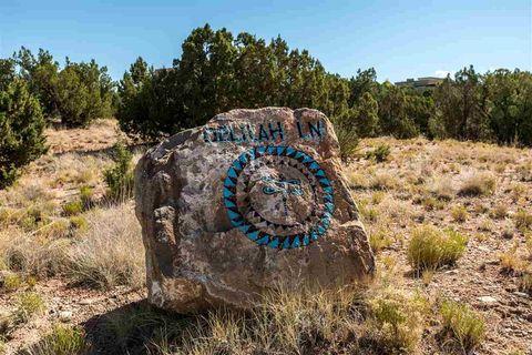 14 Delilah Ln, Santa Fe, NM 87506