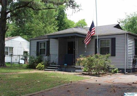916 Linwood Dr NW, Huntsville, AL 35816