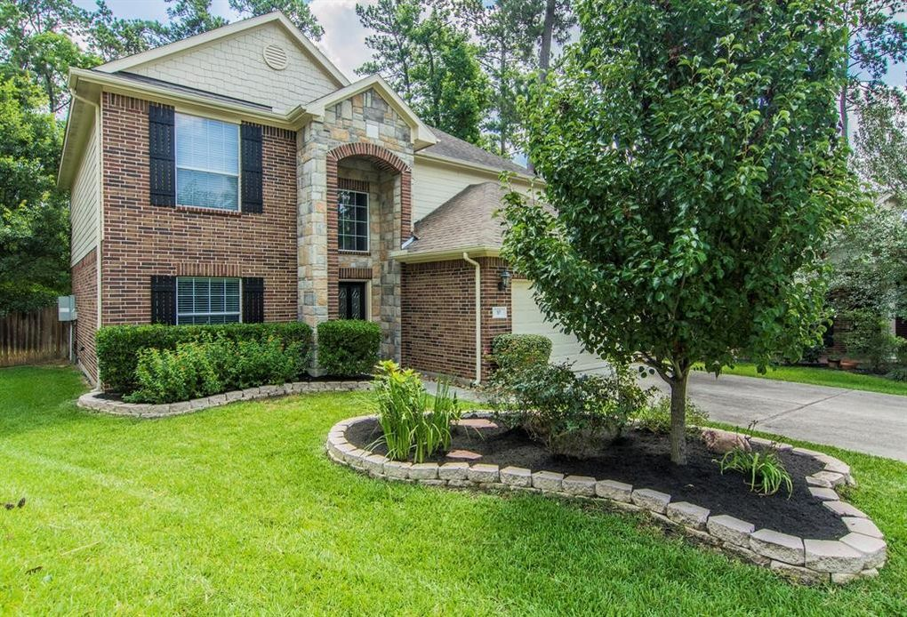 10 Otter Lodge Pl, The Woodlands, TX 77382