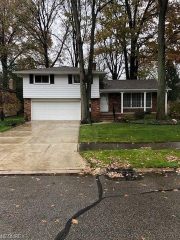 3125 W 230th St, North Olmsted, OH 44070