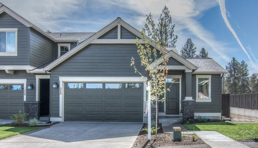 60435 Hedgewood Ln, Bend, OR 97702