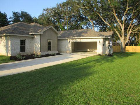 911 Charrington Pl, Fort Walton Beach, FL 32547