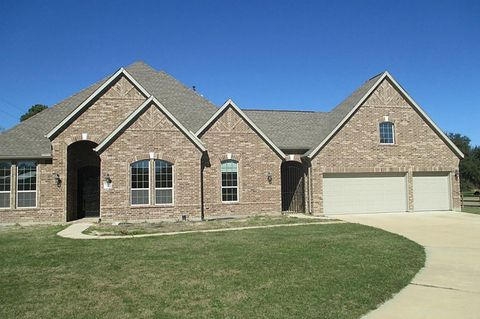 18416 Tomball Waller Rd, Tomball, TX 77377