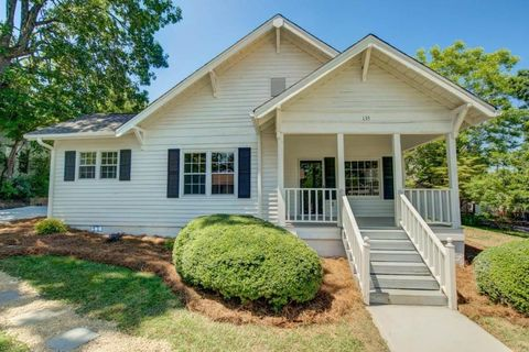 Photo of 135 Kennesaw St, Buford, GA 30518