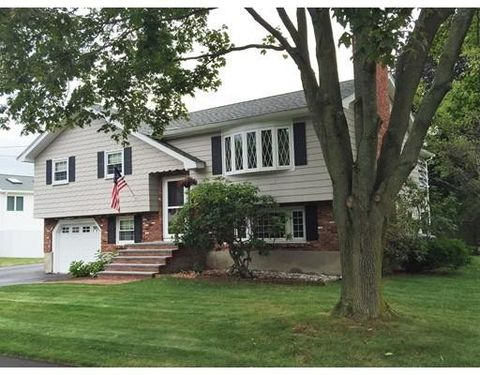 4 Violet Rd Burlington Ma 01803 3 Beds 2 Baths Home Details