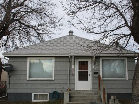 1017 1st Ave Sw, Great Falls, MT 59404