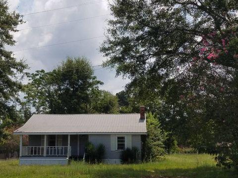 353 N Church St, Grove Hill, AL 36451