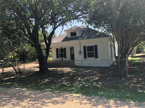 503 Pecan St, Forreston, TX 76041