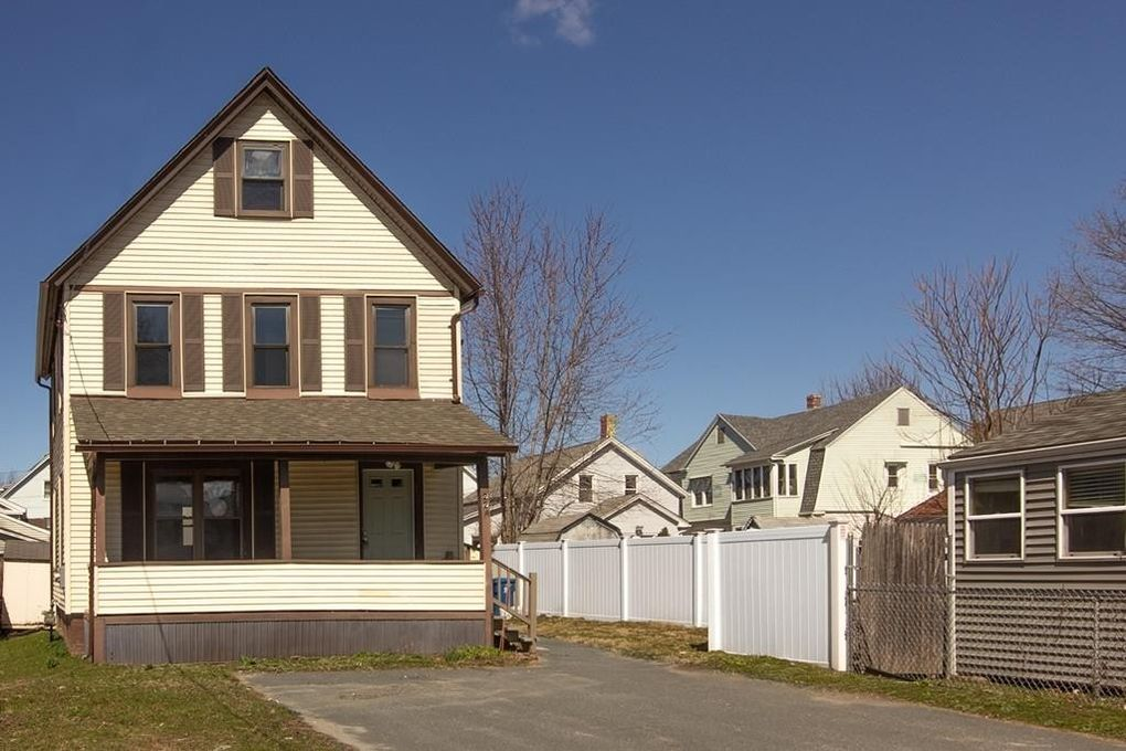 22 Chapin St West Springfield, MA 01089