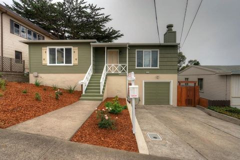428 Manor Dr, Pacifica, CA 94044
