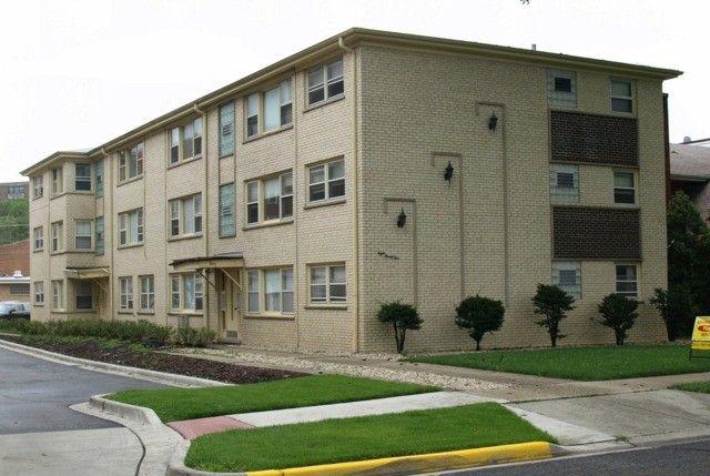 897 Graceland Ave Des Plaines IL 60016