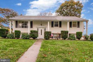 1808 Roxboro Rd, 17402