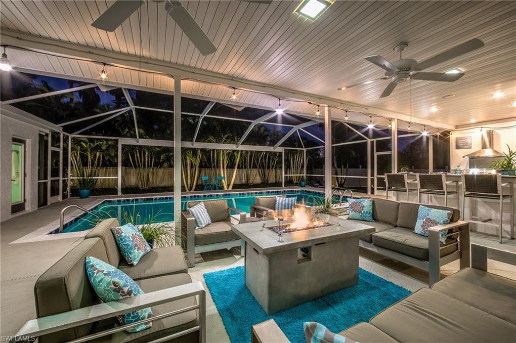 200 Starfish Cir, Fort Myers Beach, FL 33931