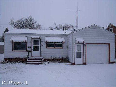 Photo of 273 31st Ave, East Moline, IL 61244