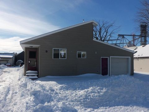 Photo of 9 1st St Nw, Hayfield, MN 55940