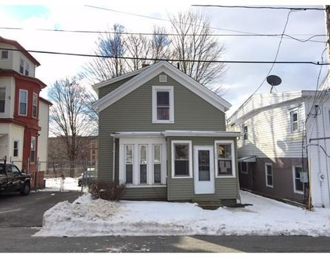 singles in haverhill Results 1 - 50 of 349  haverhill homes range for sale from $25k - $15m with the average price of a 2  bedroom single family home of $302k homes for sale.