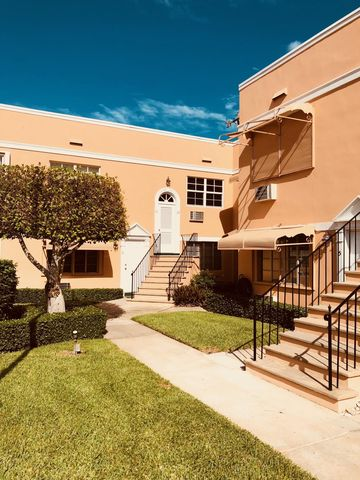 Photo of 31 S Golfview Rd Apt 11, Lake Worth, FL 33460