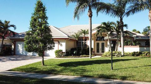 525 Newport Dr, Indialantic, FL 32903