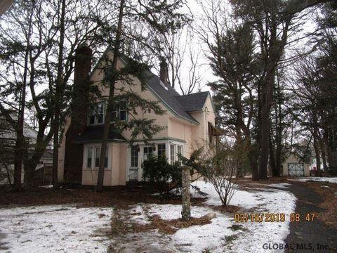 Photo of 3 Sunnyside Rd, Scotia, NY 12302