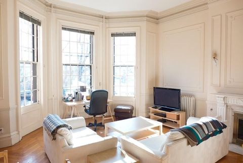 396 Beacon St Apt 1, Boston, MA 02116