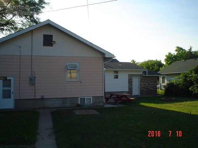 621 bent ave akron co 80720