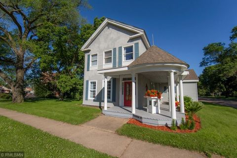 338 Orange St, Prescott, WI 54021