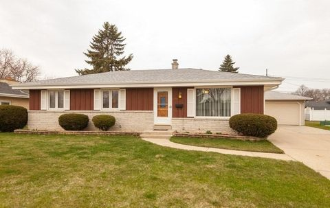 Photo of 5239 S 23rd St, Milwaukee, WI 53221