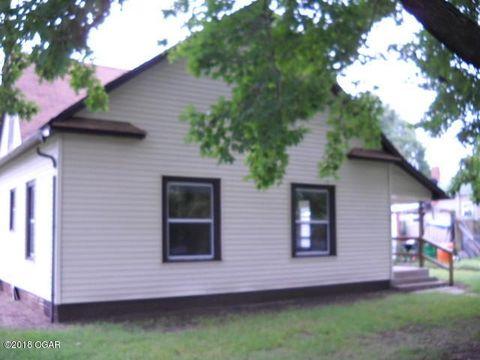 300 E Maple St, Liberal, MO 64762