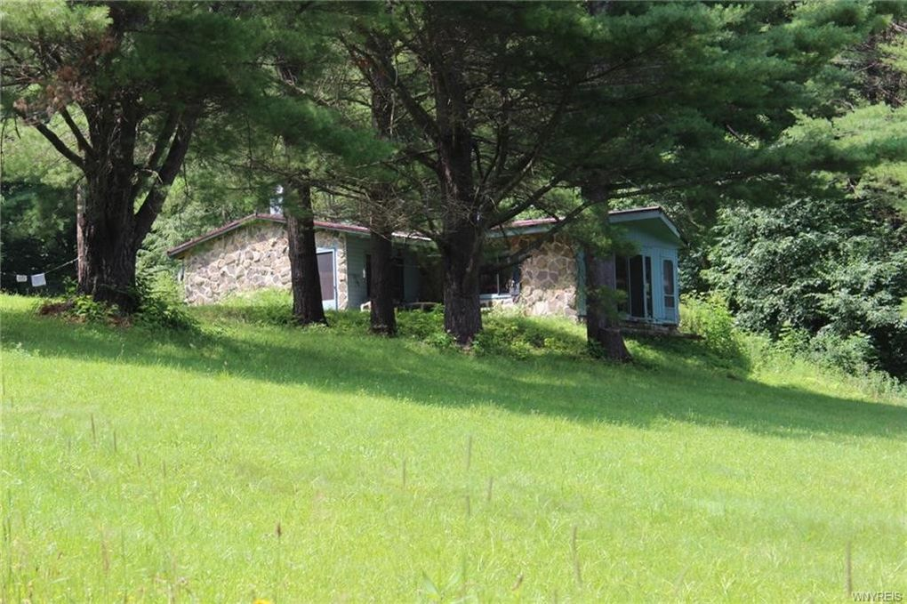 2681 Route 305, Clarksville, NY 14727