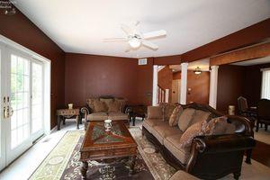 4105 Pebble Ln, Sandusky, OH 44870 - Bedroom