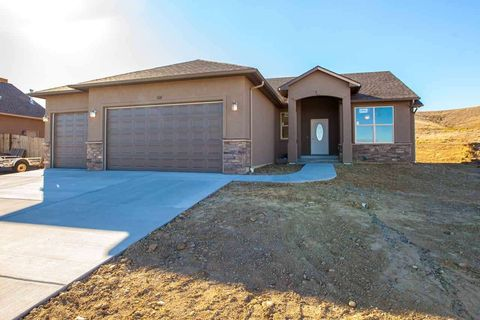 Photo of 108 Dry Creek Ct, Grand Junction, CO 81503