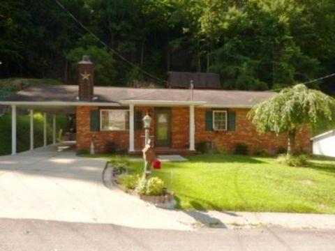 736 Hidden Valley Rd, Chapmanville, WV 25508