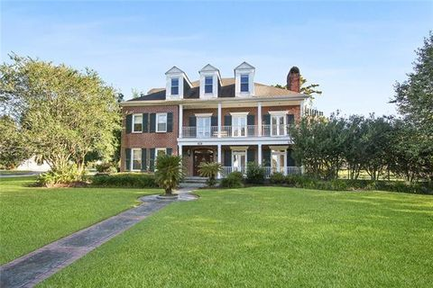 Photo of 74 English Turn Dr, New Orleans, LA 70131