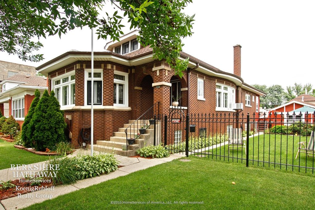 Chicago il homes for sale berkshire hathaway autos post for Chicago mansion for sale