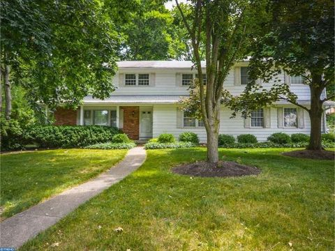 512 Countess Dr, Yardley, PA 19067