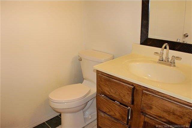 Bathroom Sinks Tulsa 11005 e 11th pl s unit 6 3, tulsa, ok 74128 - realtor®