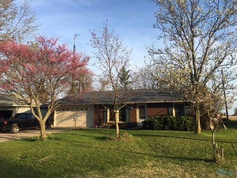 111 Oak Park Dr, Hicksville, OH 43526