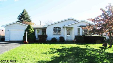 120 3rd St, Centre Hall, PA 16828