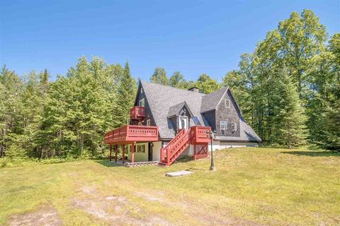 Photo of 960 Pequawket Trl, Brownfield, ME 04010