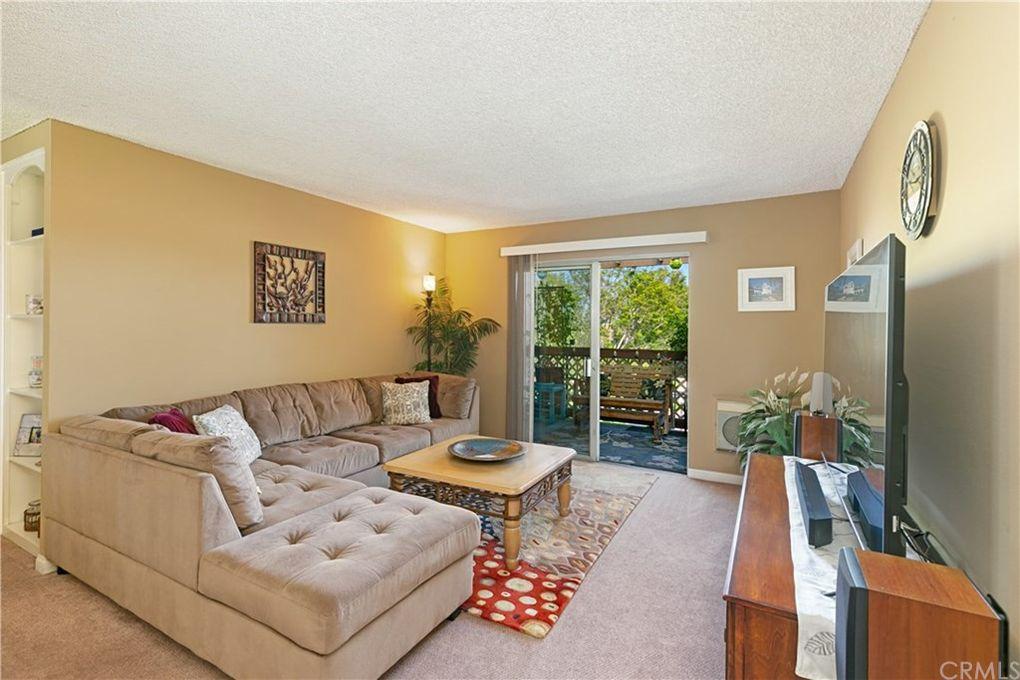 12200 Montecito Rd Apt D304 Seal Beach, CA 90740