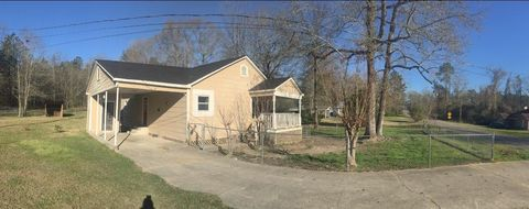 57 Rock Hill Rd, Sumrall, MS 39482