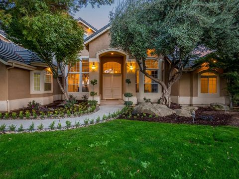 Photo of 15302 Mesa View Ave, Friant, CA 93626