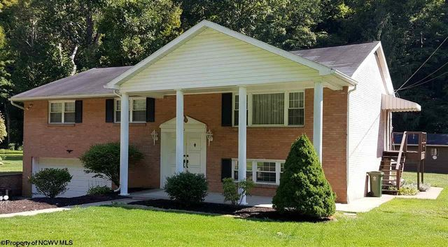 112 dug hill rd morgantown wv 26508 for Home builders morgantown wv