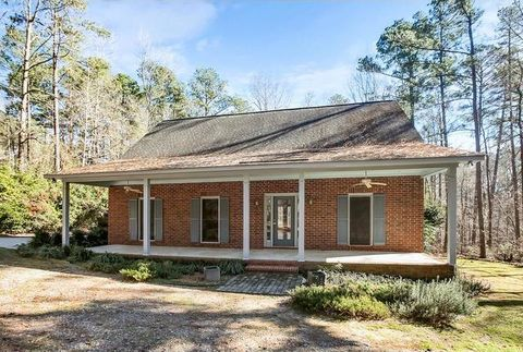 647 Mealing Rd, North Augusta, SC 29860