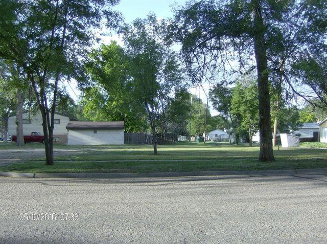 803 E Cedar St Garden City Ks 67846 Home For Sale And
