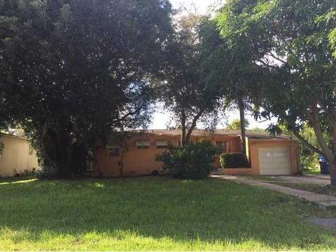 13800 Ne Miami Ct, Miami, FL 33161